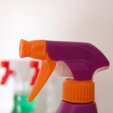 How to Remove Bleach Stains from Clothes - OMO