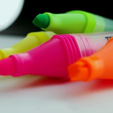 How to Remove Highlighter Stains & Ink Stains - OMO