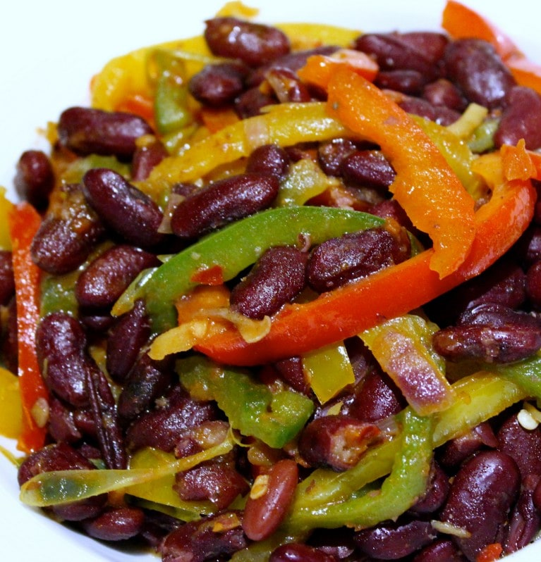 Kidney beans and sweet peppers