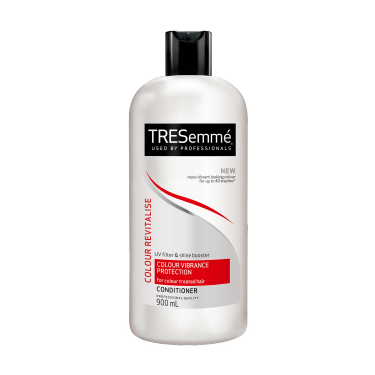 TRESemmé Colour Revitalise Conditioner  900ml Front of pack image